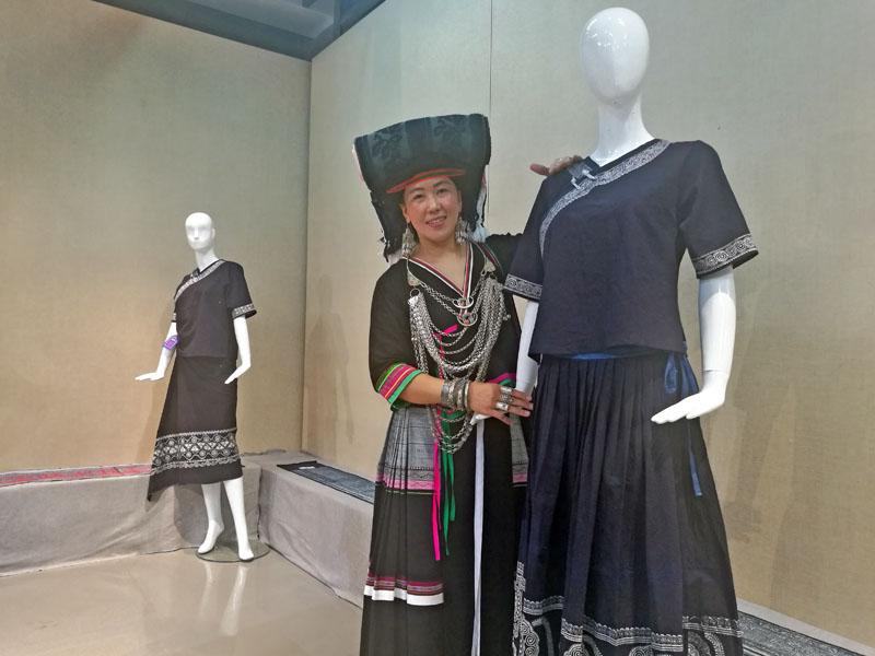 广西艺术学院举办非遗传承人群研修研习—苗族蜡染普及培训班